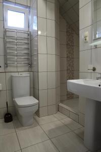 FAVAR Carpathians, Apartments  Skhidnitsa - big - 80