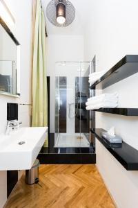 EMPIRENT Grand Central Apartments, Apartmanok  Prága - big - 189