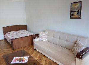 Апартаменты Низами 109