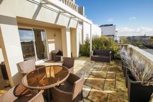 Roedean Crescent, Apartments  Brighton & Hove - big - 3