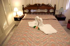 Hotel Suites Jazmín Acapulco Reviews