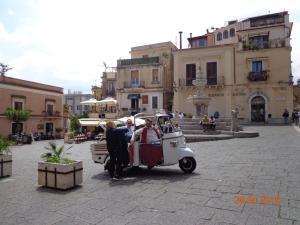 Casa Fabiana, Apartmanok  Taormina - big - 35