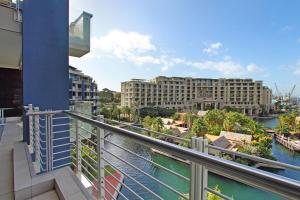 409 Kylemore, Apartments  Cape Town - big - 9