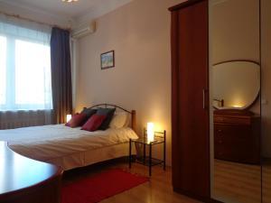 Sunny Apartment on Bohdana Hhmelnitskogo 66