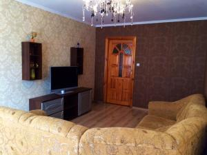 Apartment Pionerskaya 11