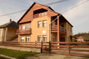 Hutasori Guesthouse