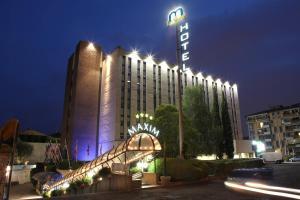 Prenota Hotel Maxim