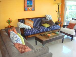 Garden Delight Two-bedroom condo - E125-2, Apartmány  Palm-Eagle Beach - big - 9