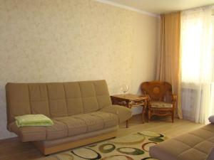 (Apartment on Krymskij val 281)