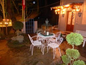 La Casina nel Bosco, Bed & Breakfasts  Azzano - big - 26