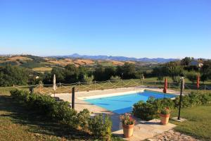 Leondina Country House, Bed & Breakfasts  Corinaldo - big - 14