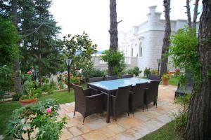 Villa Angelina, Ferienwohnungen  Selva di Fasano - big - 73