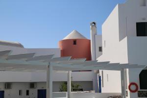 New Haroula(Fira)