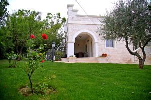 Villa Angelina, Ferienwohnungen  Selva di Fasano - big - 68