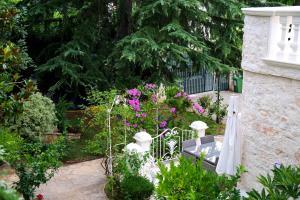 Villa Angelina, Ferienwohnungen  Selva di Fasano - big - 47