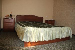 Семейный отель На Ардзинба 114, Сухум