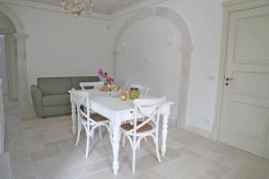 Villa Angelina, Ferienwohnungen  Selva di Fasano - big - 31
