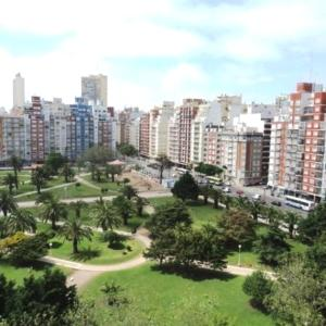 Vista Plaza Colón y Mar, Apartmány  Mar del Plata - big - 4