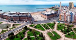 Vista Plaza Colón y Mar, Apartmanok  Mar del Plata - big - 6