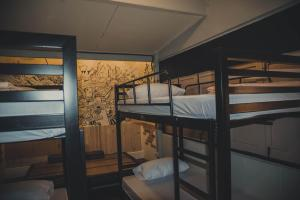 Spinning Bear Hostel (Mee Pun Hostel), Hostels  Bangkok - big - 2