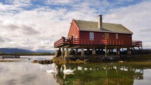 Håholmen Havstuer, Szállodák  Karvåg - big - 18