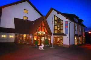 호텔 춤 뢰벤 (Hotel Zum Löwen)
