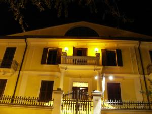 Nearby hotel : B&B Santa Chiara