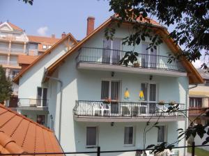 Zsanett Appartement