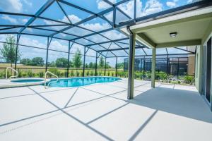 Oakborne Villa 5340, Villák  Davenport - big - 4