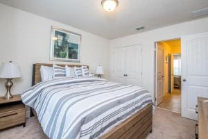 Oakborne Villa 5340, Vily  Davenport - big - 38