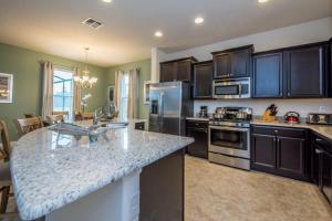 Oakborne Villa 5340, Vily  Davenport - big - 33