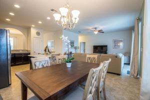 Oakborne Villa 5340, Vily  Davenport - big - 18