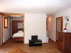 Rental Apartment Les Erines 2, Апартаменты  Лез-Ор - big - 3