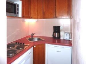 Rental Apartment Les Erines 2, Апартаменты  Лез-Ор - big - 6