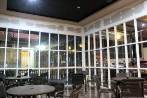 ZEN Rooms Perintis Kemerdekaan KM 18, Отели  Макасар - big - 28