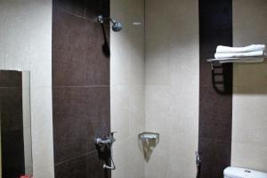 ZEN Rooms Perintis Kemerdekaan KM 18, Отели  Макасар - big - 8
