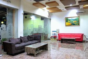 ZEN Rooms Perintis Kemerdekaan KM 18, Отели  Макасар - big - 16