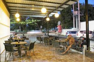 ZEN Rooms Perintis Kemerdekaan KM 18, Отели  Макасар - big - 26