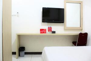 ZEN Rooms Perintis Kemerdekaan KM 18, Отели  Макасар - big - 4