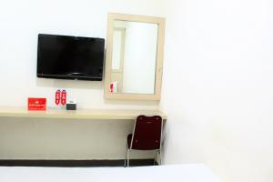 ZEN Rooms Perintis Kemerdekaan KM 18, Отели  Макасар - big - 3