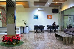 ZEN Rooms Perintis Kemerdekaan KM 18, Отели  Макасар - big - 14
