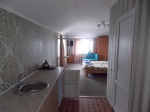 Guest House U Vandy, Affittacamere  Privetnoye - big - 22