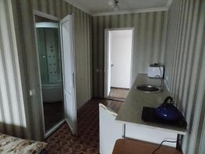 Guest House U Vandy, Affittacamere  Privetnoye - big - 24