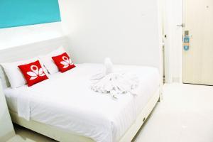 ZEN Rooms Pasar Ikan Losari, Hotely  Makassar - big - 9