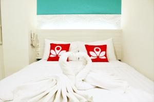 ZEN Rooms Pasar Ikan Losari, Hotely  Makassar - big - 1