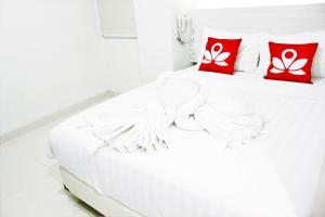ZEN Rooms Pasar Ikan Losari, Hotely  Makassar - big - 13