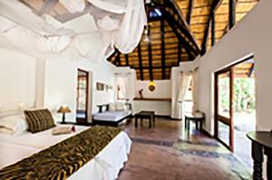 Tuli Game Reserve - Santhata Camp