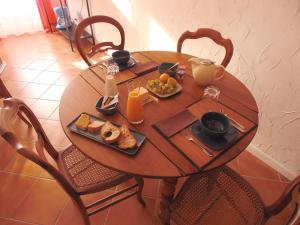 La Salamandre, Bed and breakfasts  Cuzac - big - 6