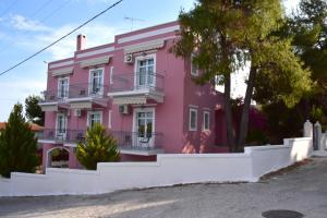 Pelagos Studios, Aparthotely  Agia Marina Aegina - big - 14