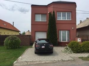 obrázek - Orange House